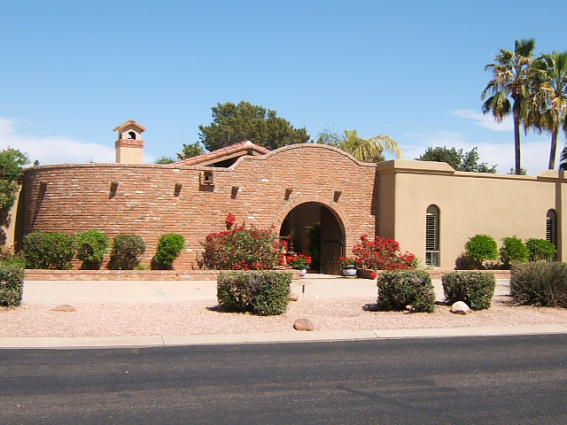 Classic litchfield park homes phoenix real estate sell for Classic homes realty